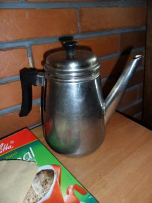 Cafetera Acero Inoxidable 1 Litro En Buen Estado + 80