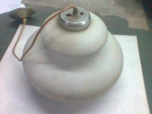 LAMPARA DE TECHO EN MUY BUEN ESTAO