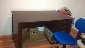 Vendo escritorio de 70 x 1.20 cm
