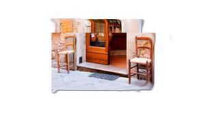 Par de sillas sicilianas- a nuevo- antiguas - esterillado en