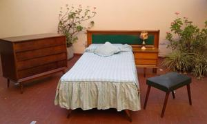 Vendo cama 1 plaza muy linda.