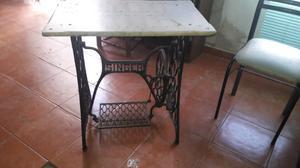 Mesa de marmol pie de maquina de coser