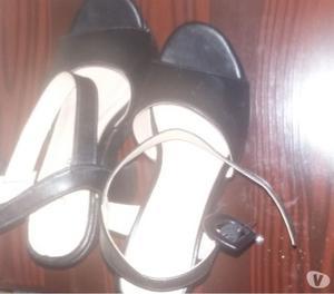 Vendo sandalias sin uso