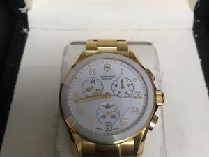 Vendo reloj Victorinox impecable 2 usos