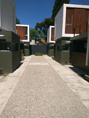 DÚPLEX EN CITY BELL 462 PROXIMO CENTENARIO