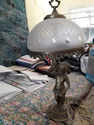 Lámparas de pie de bronce
