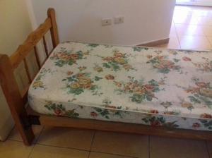 Vendo cama de 1 plaza colchón televisor