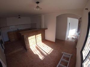 Vendo casa de dos dormitorios en Rincón de los Sauces.
