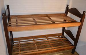 cama marinera de algarrobo