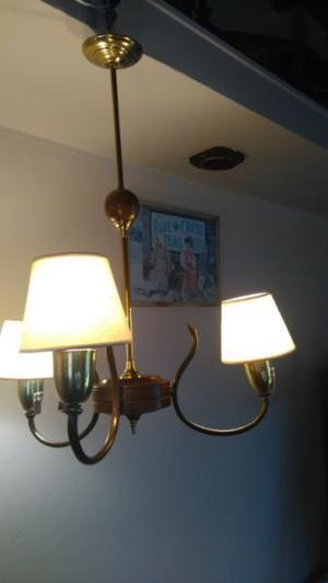 Colgante de madera y bronce de 3 focos