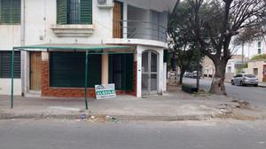 LOCAL EN ALQUILER EN LA RIOJA ESQUINA GARZON MACEDA