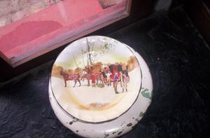 Royal Doulton Serie Cocheros Magnifico Plato Masas Con Pie