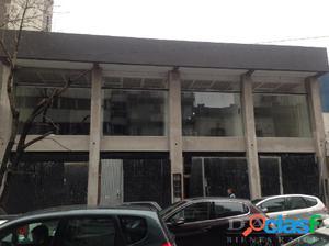 Local en alquiler en La Plata calle 46 e/ 8 y Diag 74