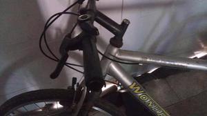 Vendo bicicleta rod 26 con cambios en muy buen estado