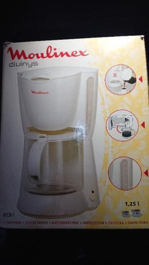 Cafetera electrica Moulinex con filtro 1 litro 250 cc 12 a