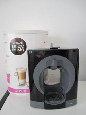 Cafetera Dolce Gusto Moulinex Oblo Negra Pv con