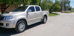 Vendo financio Toyota Hilux srv cuero