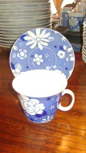 Antigua Taza De Te Con Plato Porcelana Marly Blue Garden