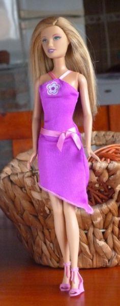 Barbie Vestido Violeta Mattel