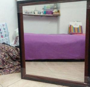 Espejo grande / marco de madera