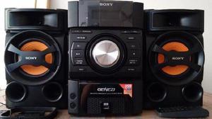 VENDO SONY GENEZI CON RADIO AM/FM USB COMPACTERA CON MP3