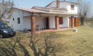 Vendo/Permuto casa en Santa Rosa de Calamuchita-Pcia de