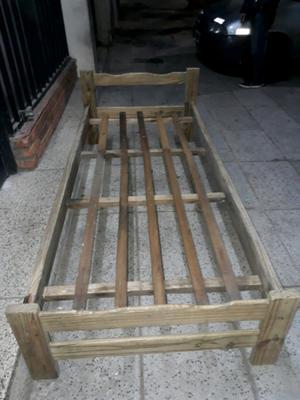 Cama Madera Pino Rústica 1 plaza en buen estado Lista para