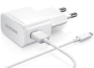 Cargador Usb 5v 2a Con Patas Redondas + Cable Micro Usb