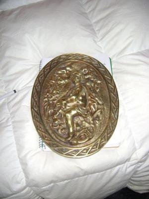 Muyantiguo Medallon De Bronce Tallado Con Angel O Querubin 4