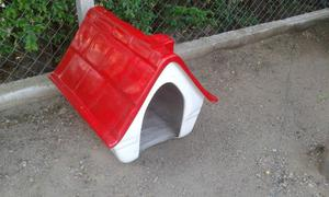 VENDO casa para perro en buen estado