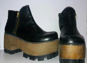 Botas de cuero negras con plataforma