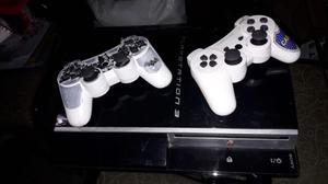 Vendo Play Station 3 con juegos y 2 joystick