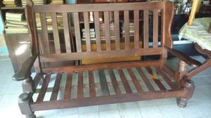 Hermoso sillón antiguo de tres cuerpos de algarrobo macizo