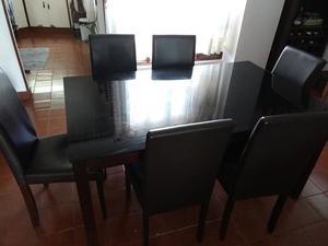 Vendo juego de mesa de comedor con 6 sillas