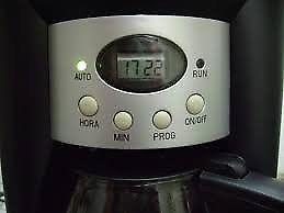 Cafetera electrica ATMA modelo CA-8180.