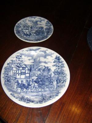 Dos Antiguos Platos Nª6 De Adorno Porcelana Brasilera