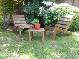 Juego de sillones con mesa y cenicero