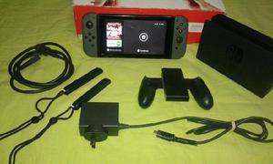 Nintendo Switch en su caja con Garantia