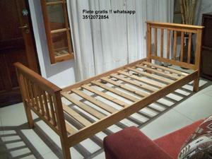 Cama de 1 plaza en madera maciza lustrada !! Flete gratis