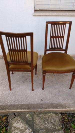 Importante juego de mesa y sillas de estilo inglés en roble