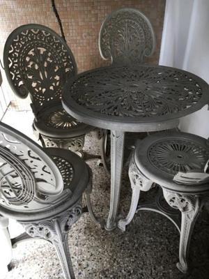 Juego de mesa y sillas para jardin