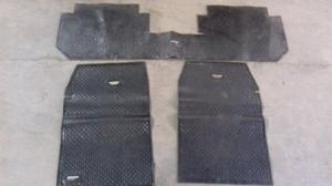 Juegos de alfombras de Peugeot 504, Corsa y Fiat Palio