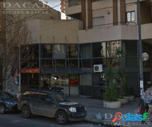 Local en alquiler en La Plata Calle 49 e/ 6 y Diag 80