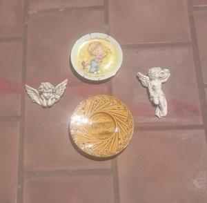 2 Platos decorativos y 2 angelitos, colgantes