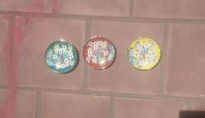 3 Platos decorativos colgantes pequeños