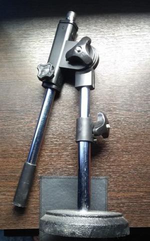Pie/soporte de micrófono de mesa o para bombo