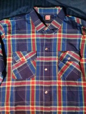 Liquido camisa Ocn mangas largas talle M Nueva.
