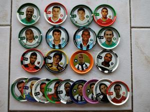 Vendo lote de 73 tazos de metal de futbol brasilero