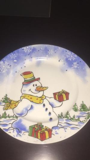 Juego de platos navideños