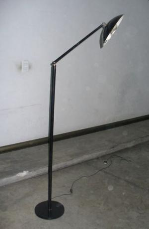 Lampara de pie en metal, articulable